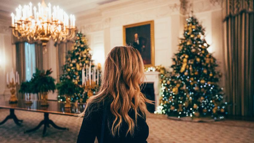 Στολίζεις κι εσύ νωρίς τα Χριστούγεννα; Οι ψυχολόγοι έχουν κάτι πολύ σημαντικό να σου πουν