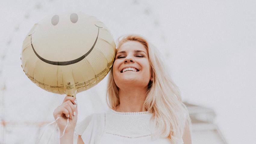 Οι 5 αλλαγές στην καθημερινότητά σου που θα σε κάνουν πιο χαρούμενη