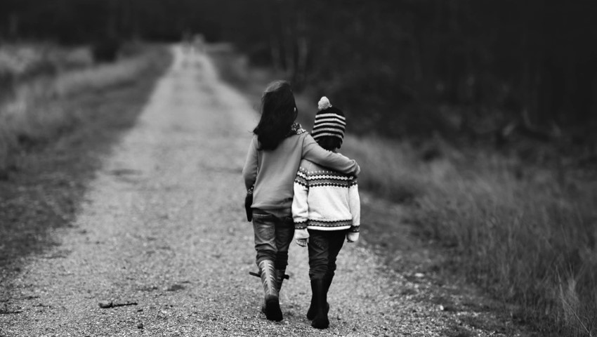 Σχέσεις εμπιστοσύνης: Τα βασικά βήματα για να τις πετύχεις