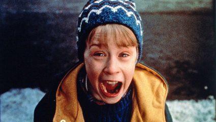 «Μόνος στο Σπίτι»: Πώς η πιο χριστουγεννιάτικη ταινία όλων των εποχών κάνει τόσο καλό στην ψυχολογία μας