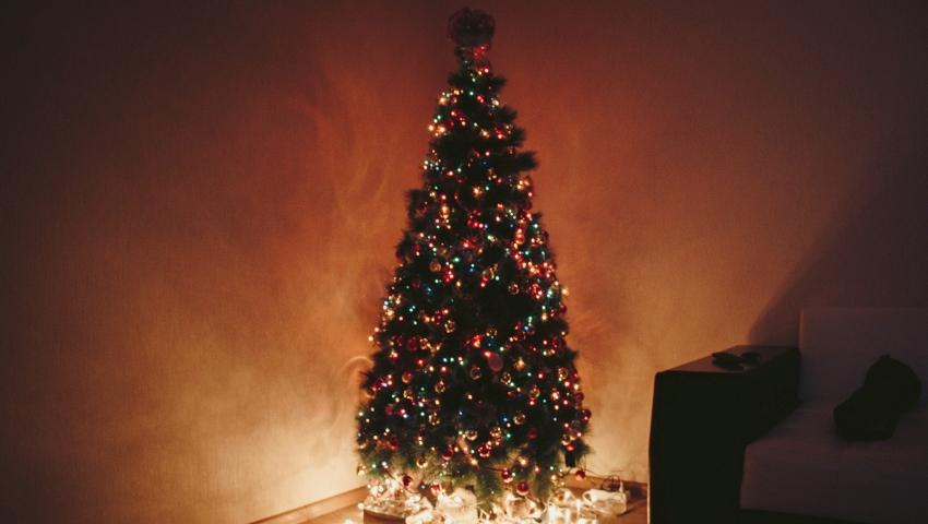 Οι... Σκρουτζ των Χριστουγέννων: Με αυτά τα ζώδια θα περάσεις χάλια στο ρεβεγιόν!