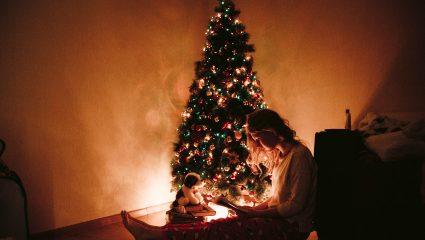 Τα Χριστούγεννα είναι υπέροχα αν από τη ζωή σου δεν λείπει κανείς…