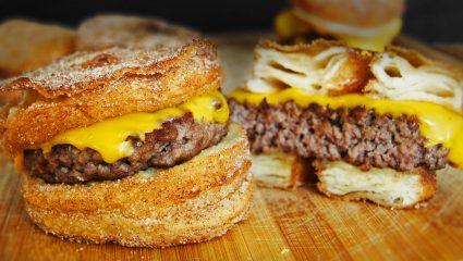 Pancakes με cheddar και burger με noodles: Tα πιο νόστιμα φαγητά-υβρίδια του κόσμου