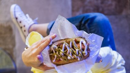 Street food ή αλλιώς οι καλύτερες καντίνες της πόλης είναι εδώ