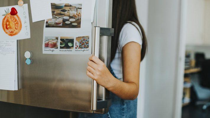 Κι όμως, αυτά τα τρόφιμα δεν πρέπει να μπουν στο ψυγείο