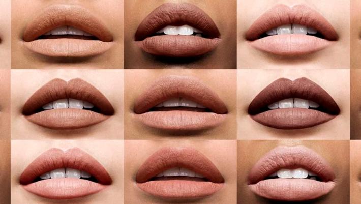Matte ή glossy κραγιόν; Τι να επιλέξεις ανάλογα με τα χείλη σου