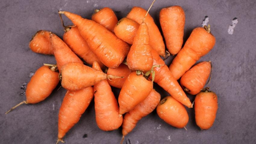 Τρεις τροφές που πατούν pause στη γήρανση του δέρματος