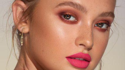 Το σωστό makeup τρικ για να μεγαλώσεις και να ξεκουράσεις τα μάτια σου