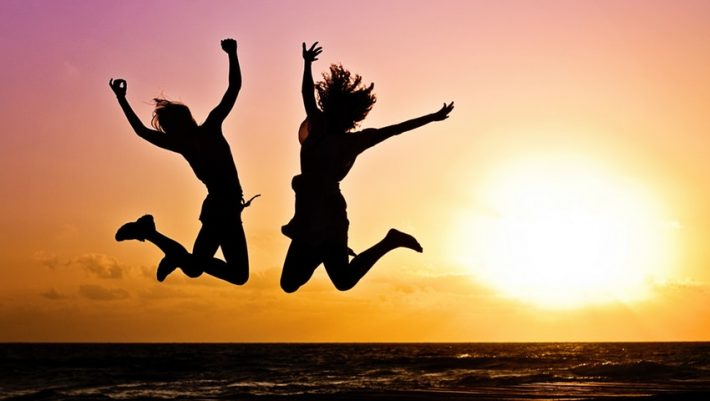 Οι 4 συμβουλές των ηλικιωμένων για να γίνουμε πιο ευτυχισμένοι