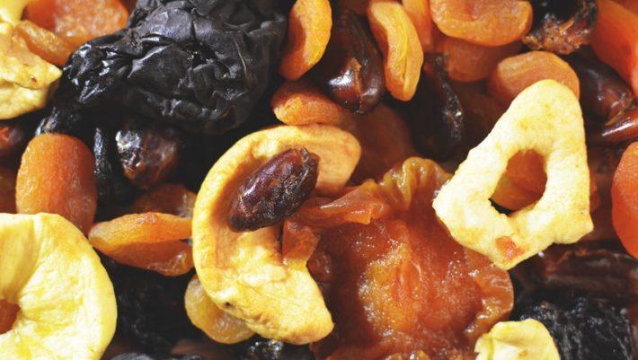 Αποξηραμένα φρούτα: Ποια θεωρούνται τo τέλειο θερμιδικά snack πριν το καλοκαίρι