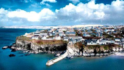 Μια ανάσα απ' την Αθηνα: 4 ελληνικά νησιά ιδανικά για τις διακοπές του Πάσχα