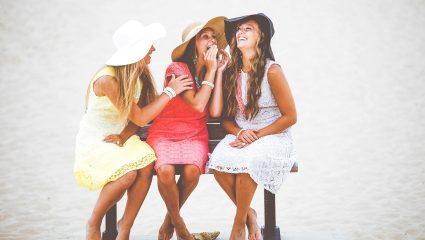 Η επιστήμη το επιβεβαιώνει: Αυτές είναι οι 5 θεραπευτικές ιδιότητες του γέλιου