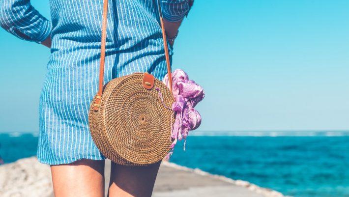4 διαφορετικοί τρόποι να φορέσεις τα μαντήλια σου αυτό το καλοκαίρι