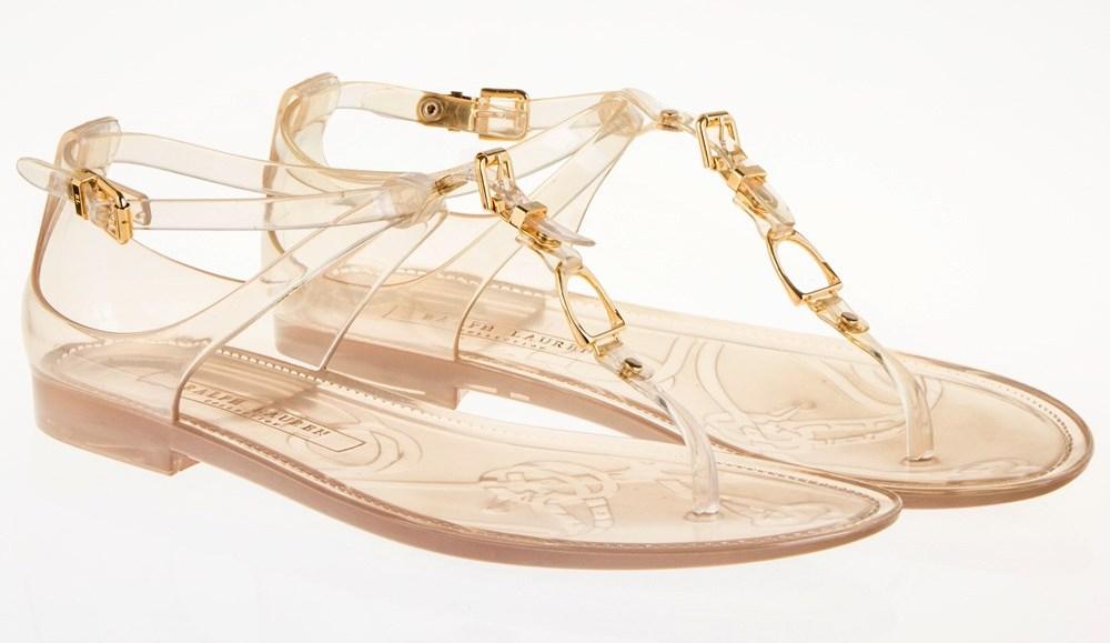 Τα τρία must-have flat παπούτσια που πρέπει να έχεις για αυτό το καλοκαίρι