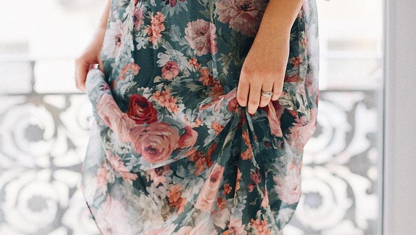 Τον Ιούνιο επιλέγουμε τον top συνδυασμό πράσινου και ροζ που έχει συνεπάρει τα fashion media