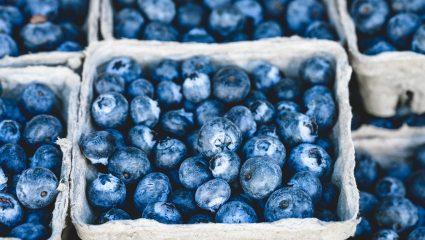 Άσε τις αντιρυτιδικές κρέμες! Οι τρεις νόστιμες αντιρυτιδικές τροφές που πρέπει να βρουν θέση στο ψυγείο σου