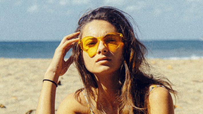 44008990c0 Tα ιδανικά γυαλιά ηλίου βάσει του σχήματος του προσώπου σου