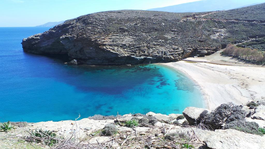 2 ώρες από Ραφήνα: Το νησί με τα πιο φτηνά εισιτήρια σε καλεί να το ανακαλύψεις
