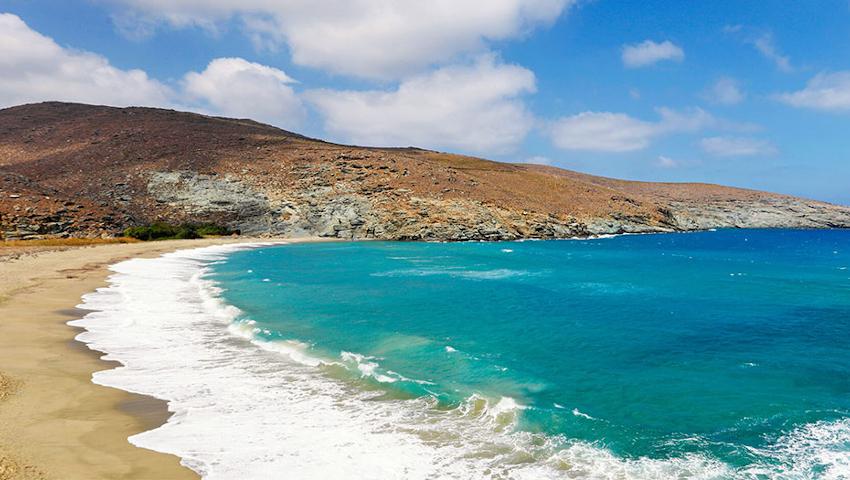 Τήνος: Οι παραλίες που απογειώνουν την boho και χίπικη διάθεση