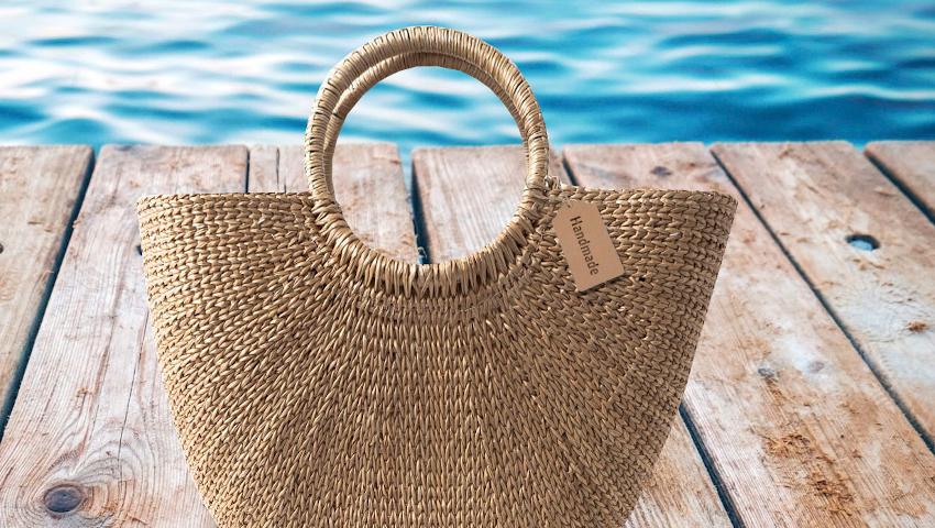Τσάντες παραλίας: Όλες οι must επιλογές
