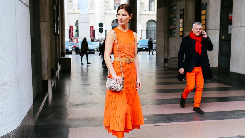 3 + 1 melt orange φορέματα που αξίζουν την προσοχή σου