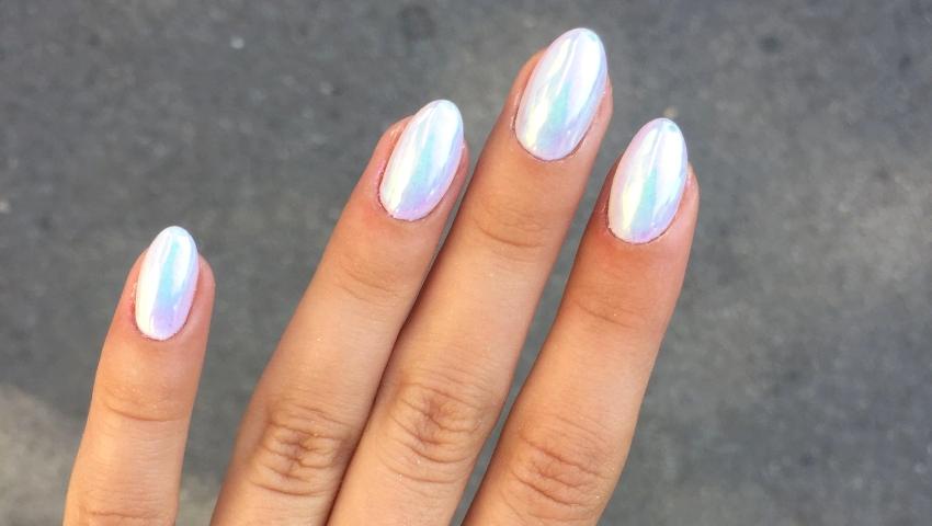 3+1 must manicure ό,τι πρέπει για τον Αύγουστο