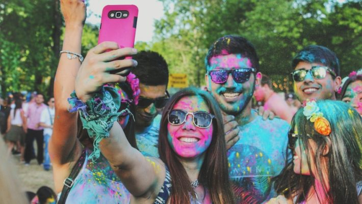 Στον αγώνα των likes: Ποια ώρα παίρνουν περισσότερα «μου αρέσει» οι αναρτήσεις μας στο Instagram