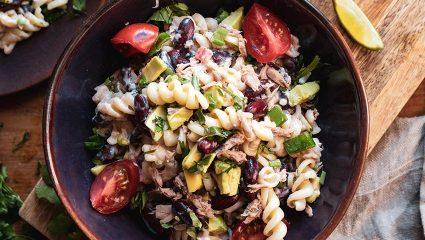 Μπες στην κουζίνα! Η απόλυτη συνταγή για κρύα μακαρονοσαλάτα με τόνο