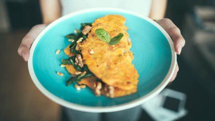 Φτιάξε πεντανόστιμη ομελέτα για πρωινό σε 5 λεπτά