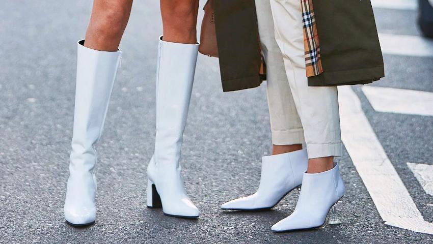 Λευκά μποτάκια: Θα πεις «όχι» στην πιο δελεαστική τάση της σεζόν;