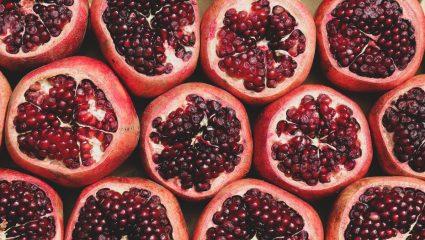 Ρόδι, το super food του χειμώνα: Τα oφέλη που θα σε κάνουν να το αγαπήσεις