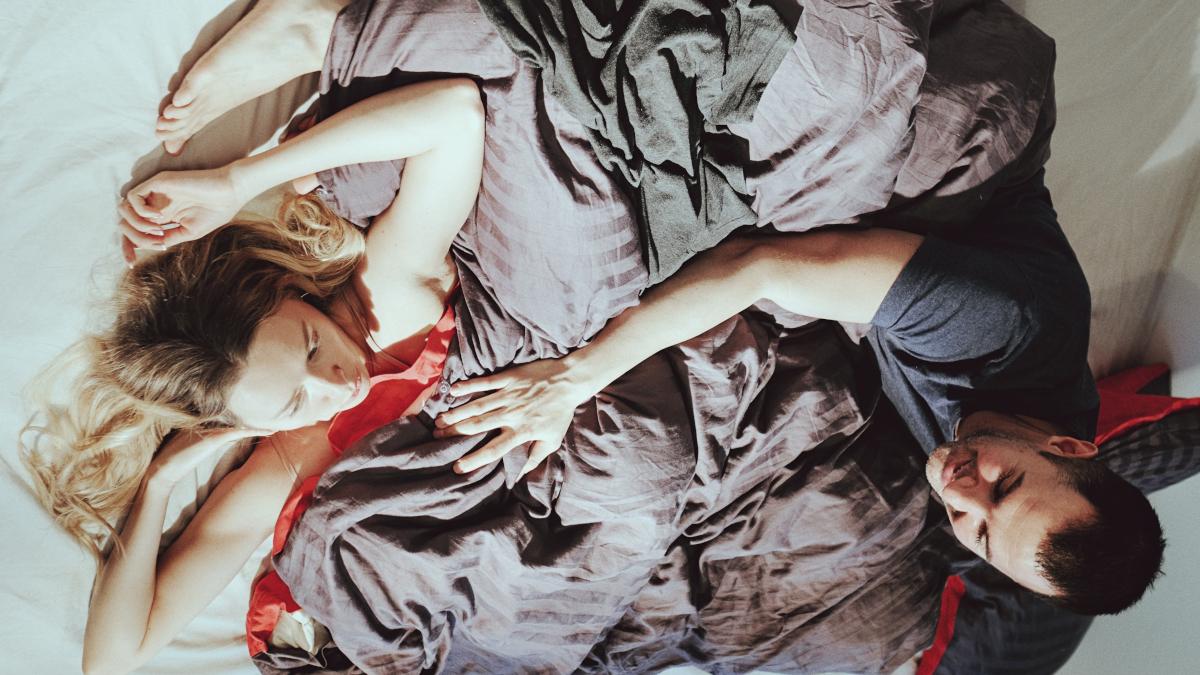H λατρεμένη γυναικεία συνήθεια που καταστρέφει την ερωτική μας ζωή