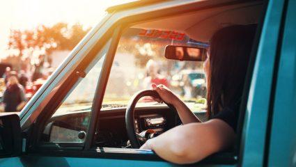 Επιτέλους, η επιστημονική απάντηση: Άνδρες ή γυναίκες είναι καλύτεροι οδηγοί;