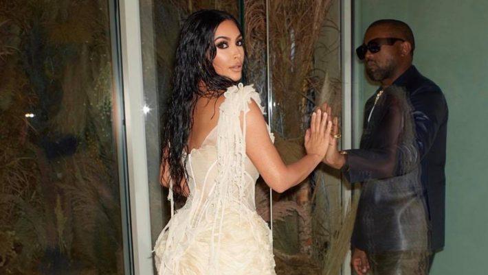 Το αληθινό πρόσωπο της Kim Kardashian διχάζει το Instagram