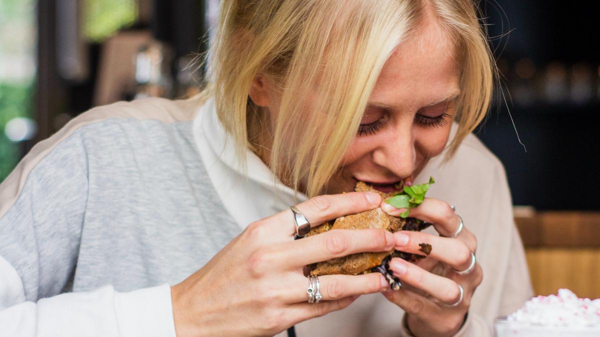 4 τροφές που επιβάλλεται να εντάξεις στο διατροφολόγιό σου αν θέλεις να χάσεις βάρος