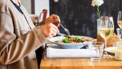 Τρεις τροφές που θωρακίζουν το ανοσοποιητικό σου απέναντι στον κορωνοϊό