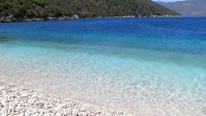 Οι 3 ωραιότερες παραλίες με βότσαλο στην Ελλάδα