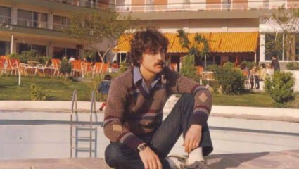 Έφυγε στα 35: Ο πιο σεμνός Έλληνας τραγουδιστής που ερμήνευσε το κομμάτι που λατρέψαμε