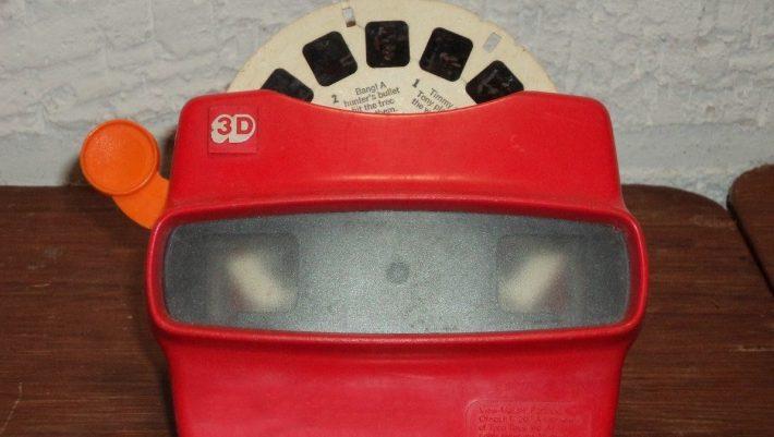 Τα αναγνωρίζεις ή ξέχασες; Θυμάσαι πώς λέγονταν 10 θρυλικά παιχνίδια των '90s;