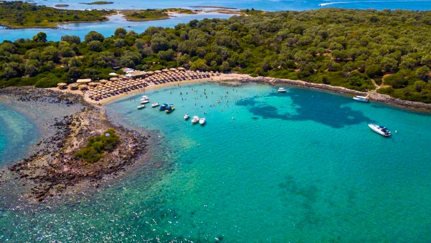 Εξωτικές διακοπές 3 ώρες απ' την Αθήνα: Oι ελληνικές Σεϋχέλλες φέτος θα ξεπεράσουν και τη Μύκονο
