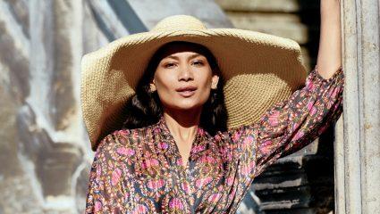 Boat hat: Τίμησε την υπερβολή και φέρε αέρα σκάφους στο νησί