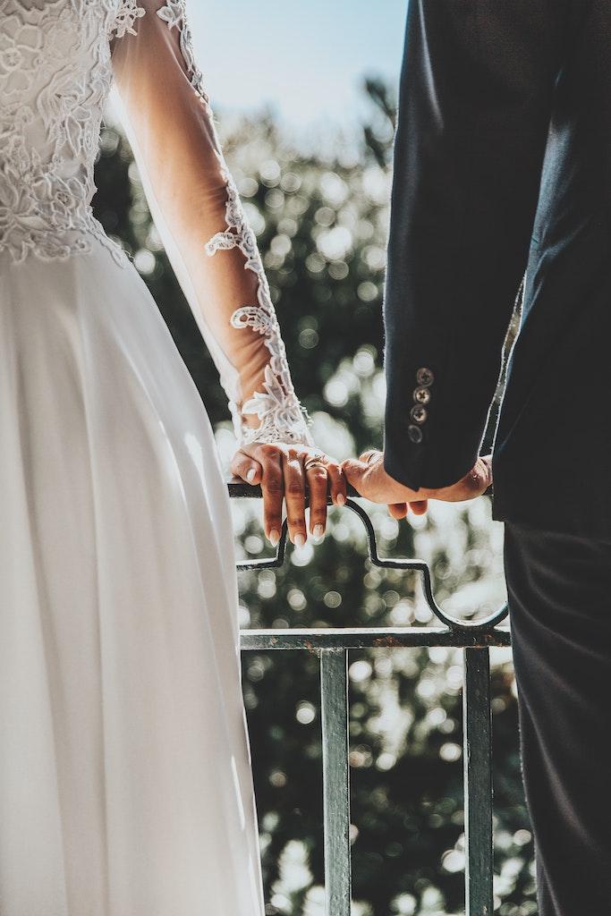 Έρευνα μας καλεί να παντρευτούμε αυτό το ζώδιο για να ζήσουμε 100 χρόνια