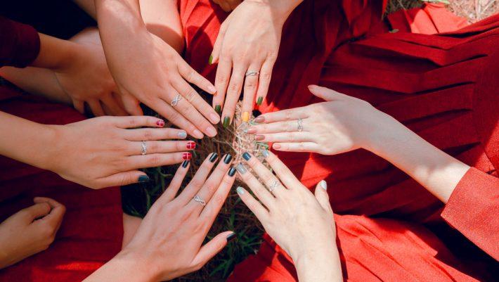 9 + 1 φθινοπωρινές ιδέες για manicure ώστε να μπεις στο κλίμα και να ανανεωθείς