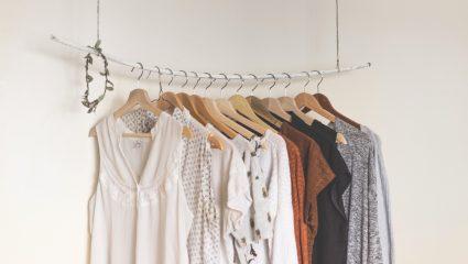 Το tip για να μοσχοβολούν τα ρούχα μετά το σιδέρωμα