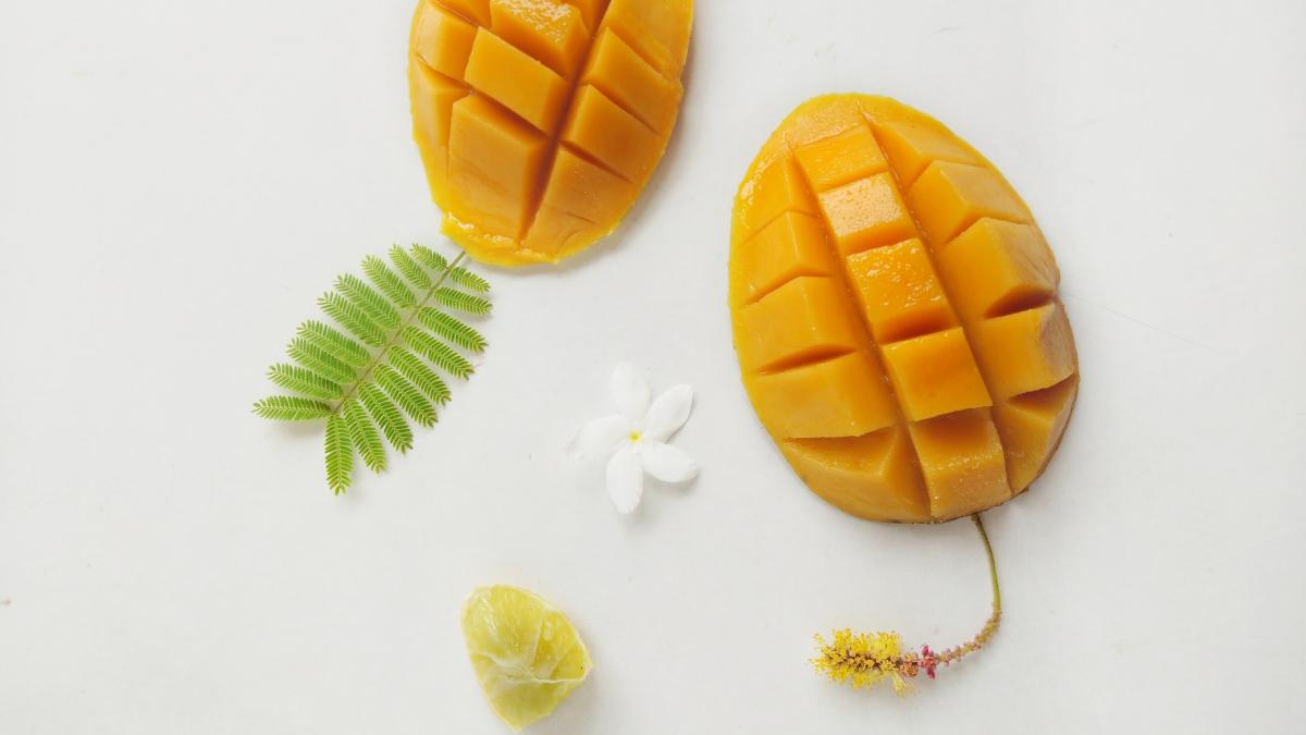 DIY: Φτιάξε το δικό σου scrub χειλιών με μάνγκο