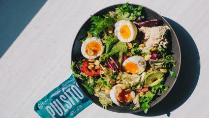 Βάλε ποδιά και φτιάξε το πιο γκουρμέ dressing για τη σαλάτα σου