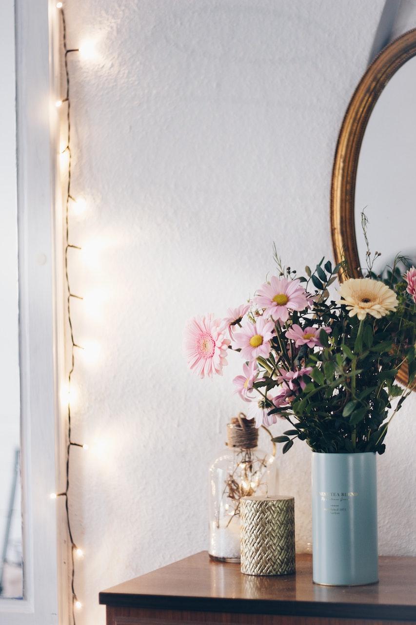 Το μυστικό για να παρατείνεις τη ζωή των λουλουδιών σου βρίσκεται στη ζάχαρη