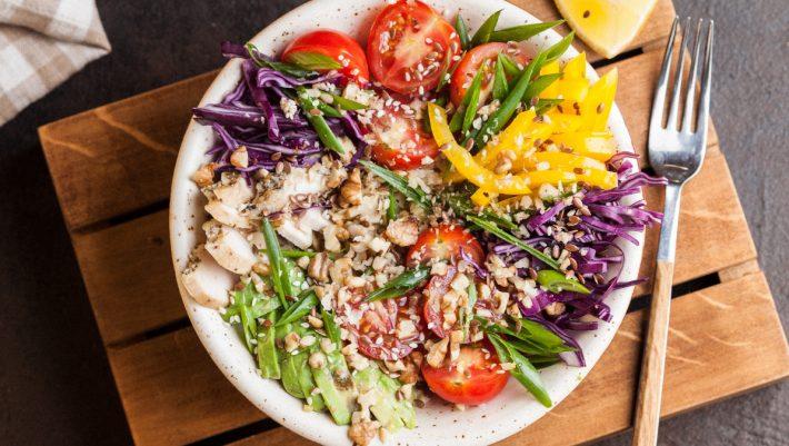 Έκρηξη βιταμινών! Τρία λαχανικά που μπορείς να καταναλώσεις ωμά και δεν το ξέρεις