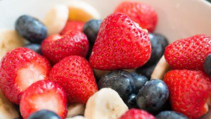 Φρούτα στο τάπερ; To tip για να μην μαυρίσουν και να αποκτήσουν τέλεια γεύση