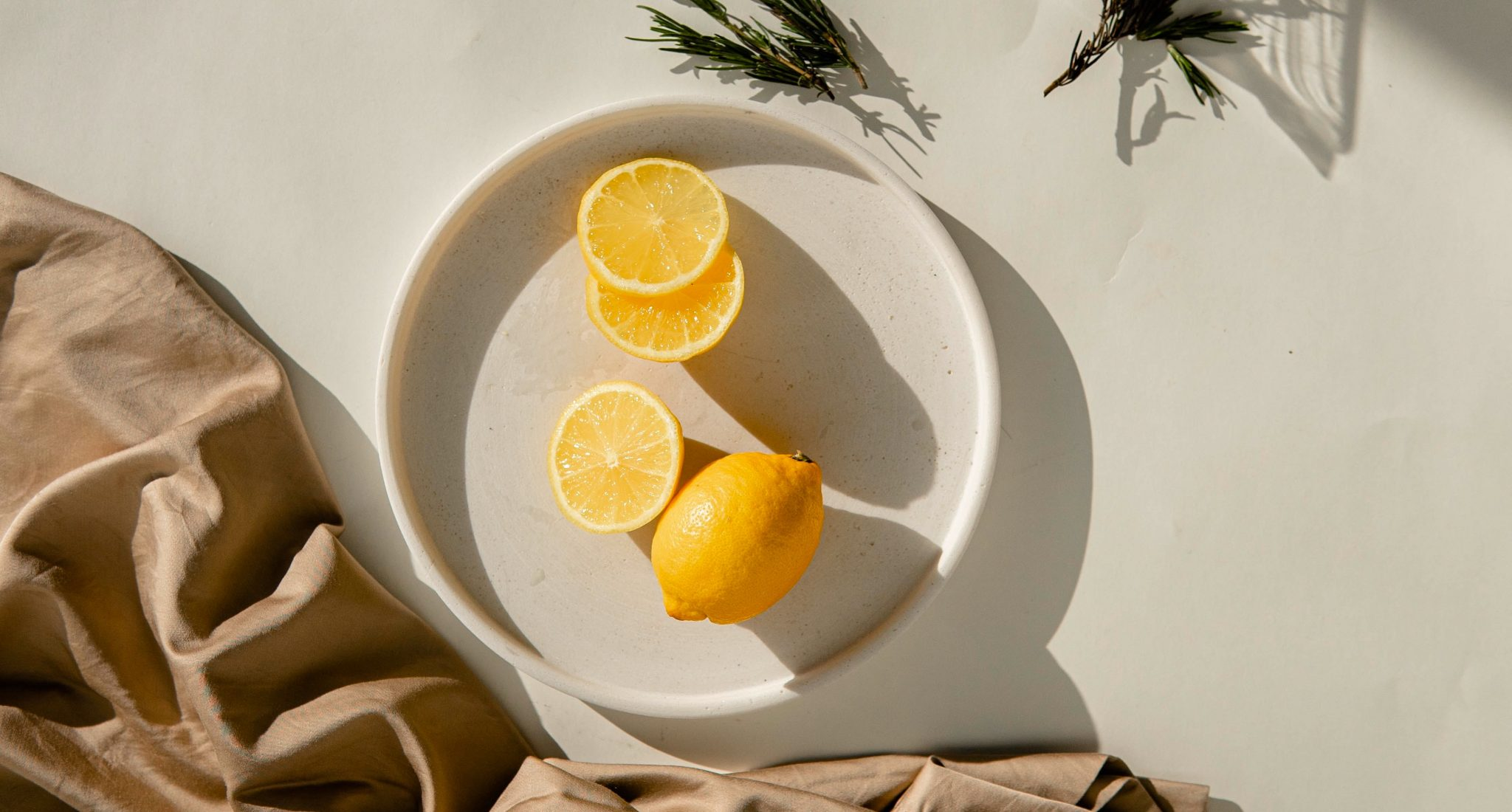 O τρόπος να διατηρήσεις φρέσκα τα λεμόνια σου